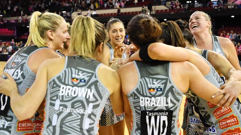 SUPER NETBALL THUNDERBIRDS MAGPIES