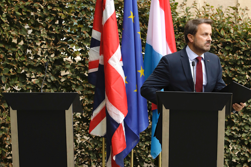 Angry Luxembourg PM Holds Press Meet Next to Empty Podium After Boris Johnson's No-Show