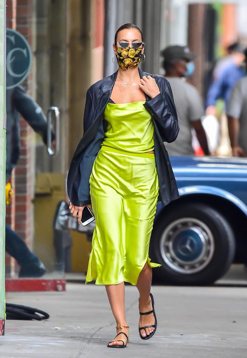 <p>She might love her leather and neutrals, but the model's not afraid of a bold color.</p>