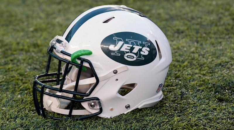 New York Jets hiring female intern to help coach defensive backs