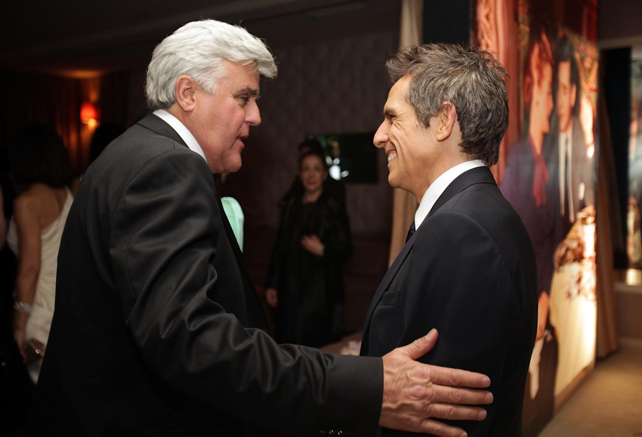 Roving photographers found Jay Leno and Ben Stiller joking with each other in the middle of the VF fete.