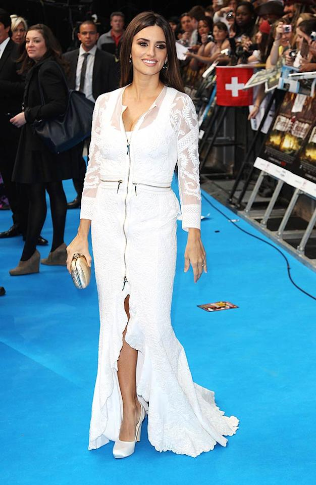 """Just one month after giving birth to her and husband Javier Bardem's 6-month-old son Leo, Penelope Cruz was back to stunning on the red carpet. How did she whip herself back into shape so quickly? Ballet. """"It's really hard but much more fun [than the gym],"""" she told <i>The Daily Mirror</i>. Dave Hogan/<a href=""""http://www.gettyimages.com/"""" target=""""new"""">GettyImages.com</a> - May 12, 2011"""