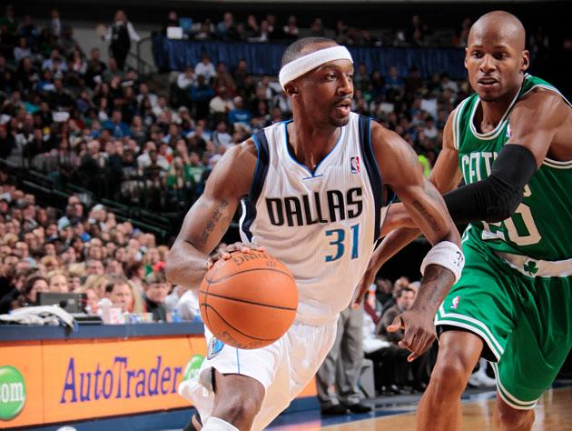 Jason Terry has agreed to become a Boston Celtic, as Dallas' shakeup continues