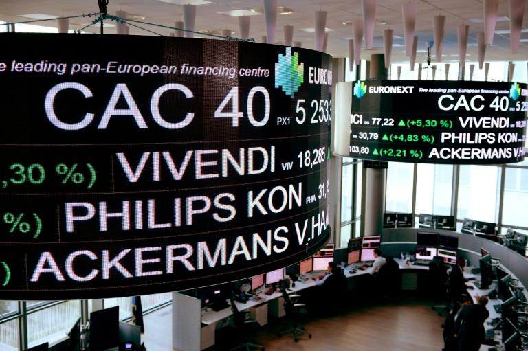La Bourse poursuit son rebond à mi-journée