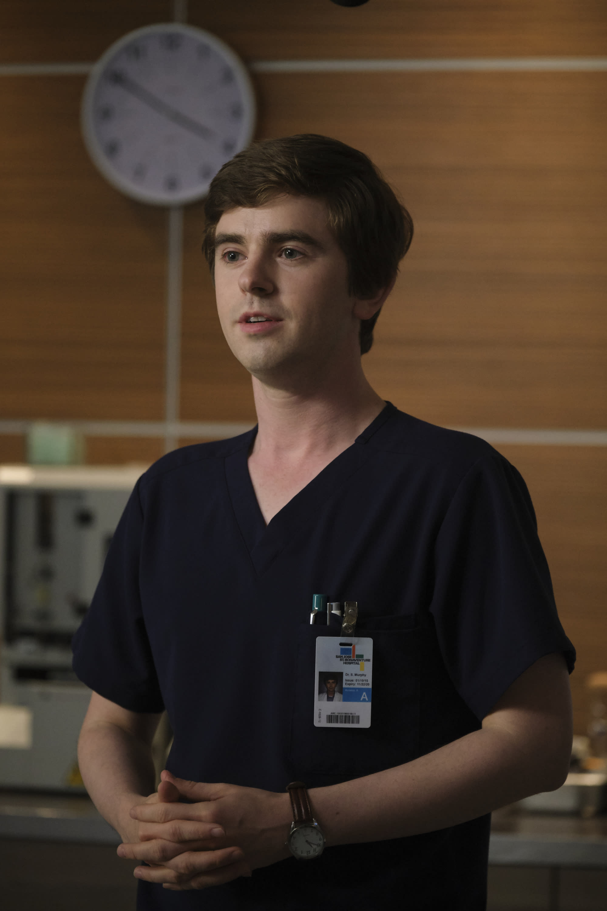 Freddie Highmore plays Shaun, a surgical resident with autism, on The Good Doctor. (Photo: Jeff Weddell via Getty Images)