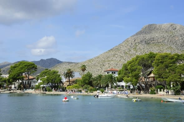 British student saves family from drowning in Majorca