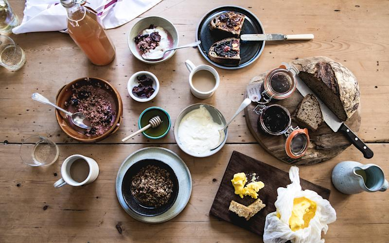 The bountiful breakfast at Coombeshead Farm takes place around a large table in the dining-room