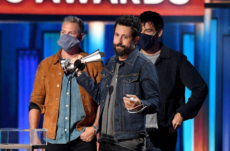 NASHVILLE, TENNESSEE - SEPTEMBER 16: (L-R) Trevor Rosen, Matthew Ramsey, and Geoff Sprung of Old Dominion accept the award for Group of the Year onstage during the 55th Academy of Country Music Awards at the Grand Ole Opry on September 16, 2020 in Nashville, Tennessee. The ACM Awards airs on September 16, 2020 with some live and some prerecorded segments. (Photo by Kevin Mazur/ACMA2020/Getty Images for ACM)