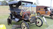 <p>Up until mid-1909, Model T vehicles were manufactured with a two-pedal, two-lever system. Because of their rare and unique construction, these earlier models can go for as much as $121,000. Model T vehicles produced later had the more common three-pedal, three-lever control system which, depending on the quality of its restoration, can range in price from $11,550 to $66,000.</p>