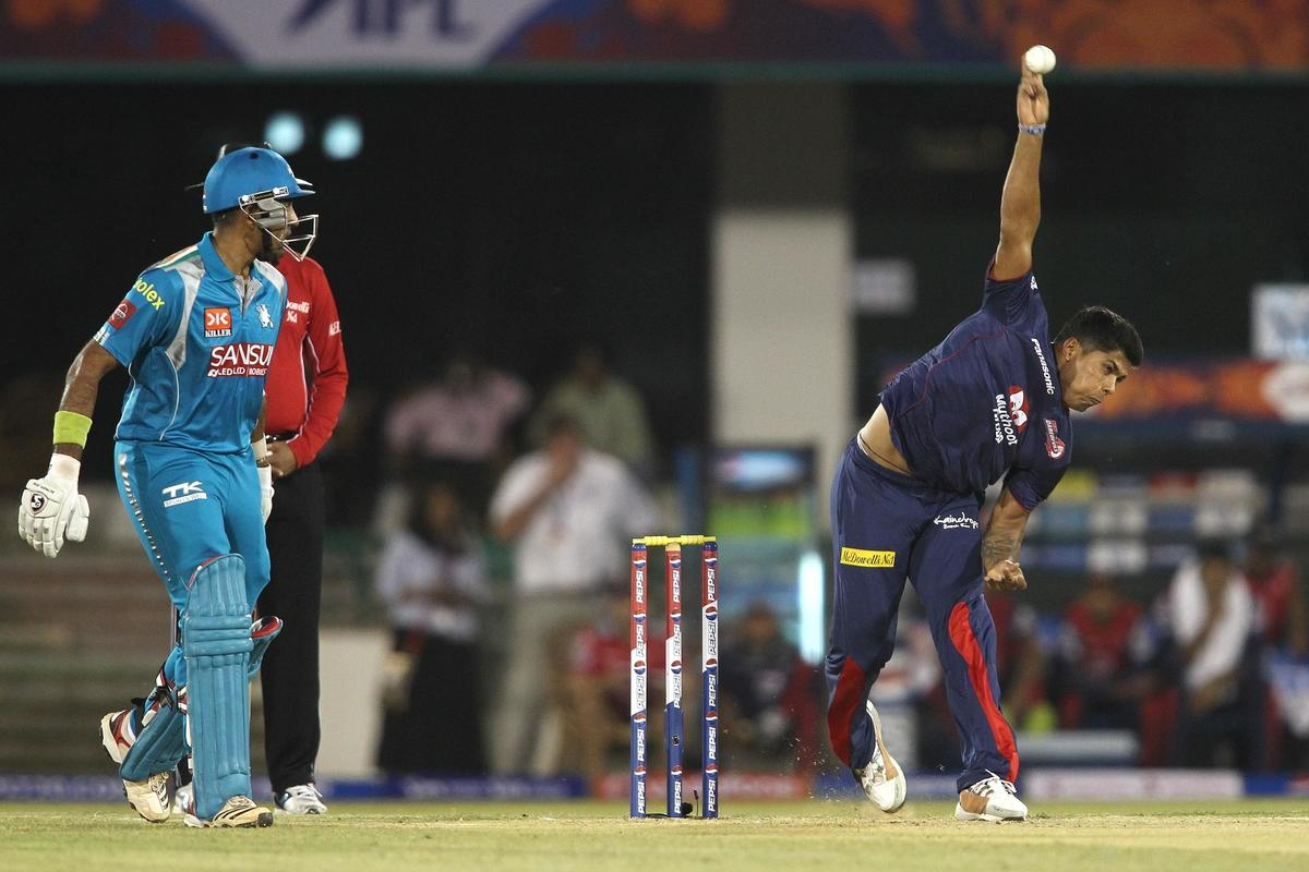 Umesh Yadav of Delhi Daredevils sends down a delivery during match 39 of the Pepsi Indian Premier League between The Delhi Daredevils and the Pune Warriors India held at the Chhattisgarh International Cricket Stadium in Raipur on the 28th April 2013. (BCCI)
