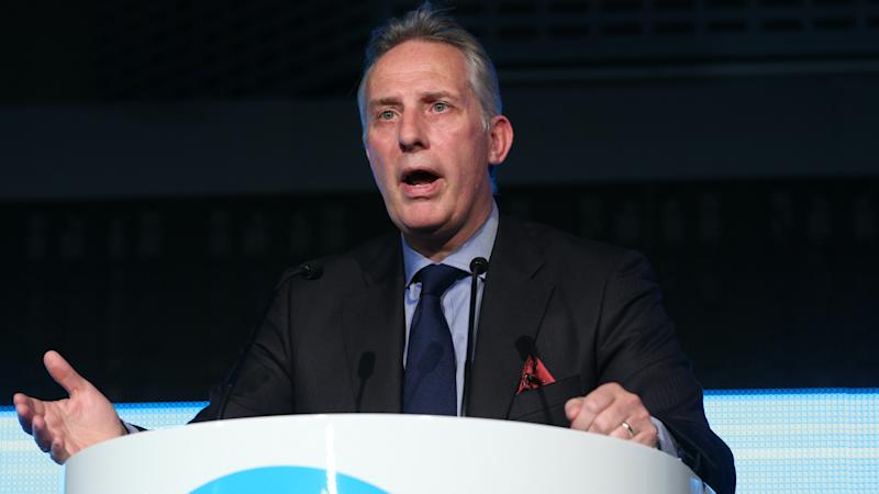 MP Ian Paisley apologises after failing to register luxury holiday
