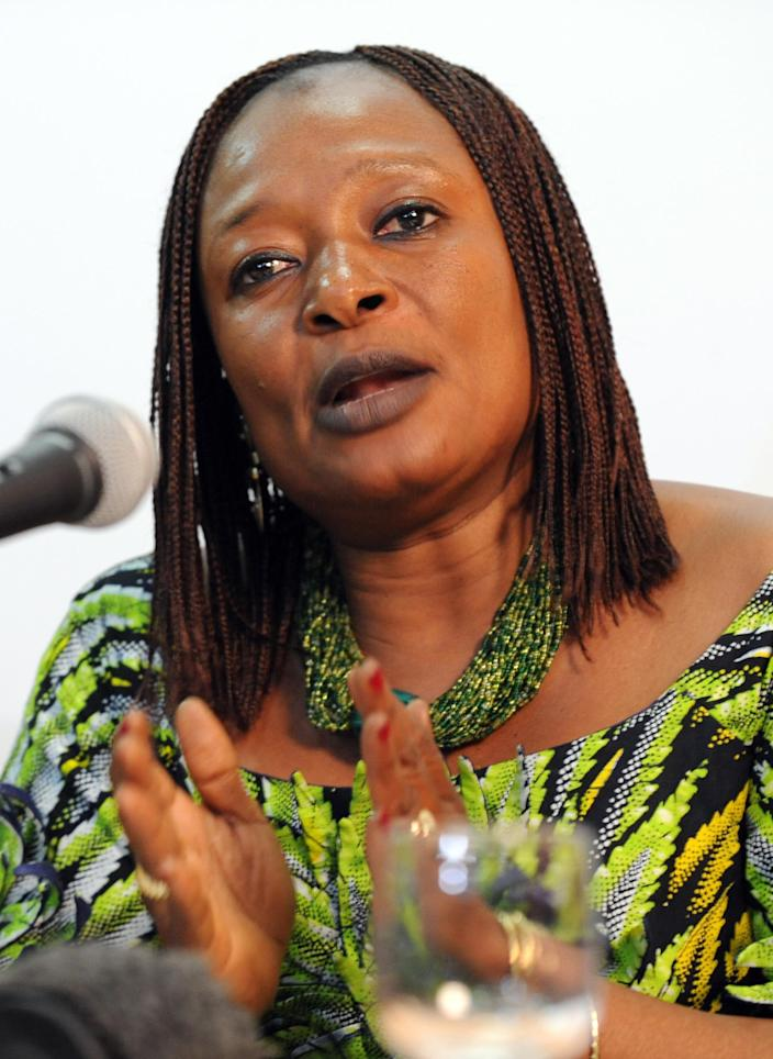 """Chadian lawyer Jacqueline Moudeina speaks at a press conference in Dakar on September 16, 2008, after lawyers for 14 people, mostly Chadian, filed a case against former Chadian president Hissene Habre for """"crimes against humanity and torture"""" (AFP Photo/Seyllou Diallo)"""
