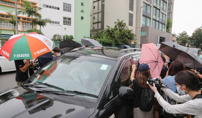 A car carrying Yeung Pok-man leaves Fanling Court after his sentencing on Tuesday. Photo: K. Y. Cheng
