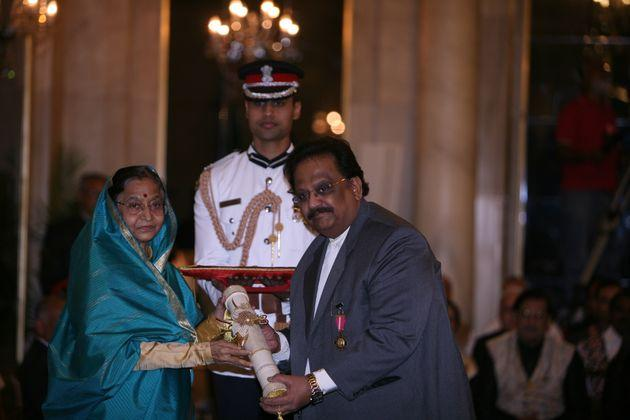 Former President Pratibha Patil presenting the Padma Bhushan to singer SP Balasubrahmanyam during the 2011 ceremony at the Rashtrapati Bhavan in New Delhi.