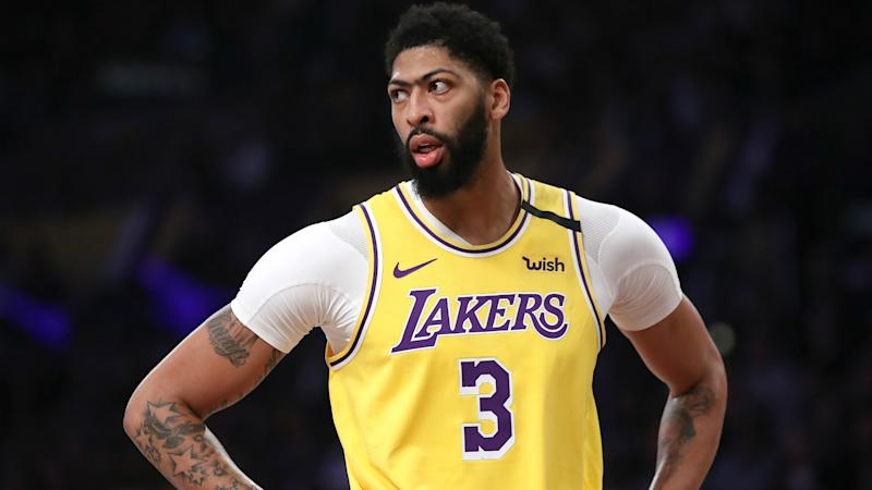 Davis travelling with Lakers after escaping serious injury
