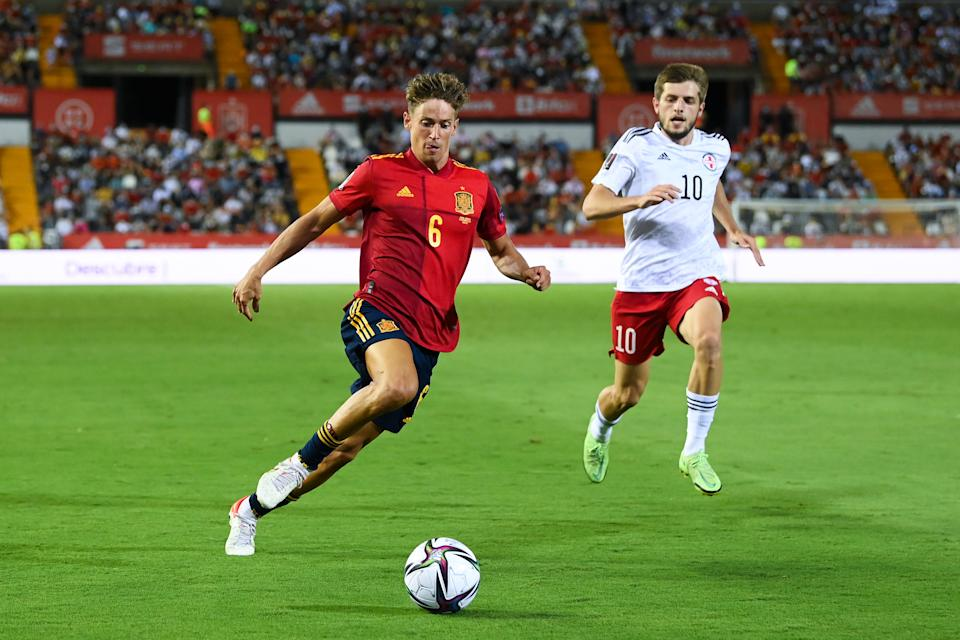 BADAJOZ, SPAIN - SEPTEMBER 05: Marcos Llorente of Spain runs with the ball during the 2022 FIFA World Cup Qualifier match between Spain and Georgia at Estadio El Nuevo Vivero on September 05, 2021 in Badajoz, Spain. (Photo by David Ramos/Getty Images)