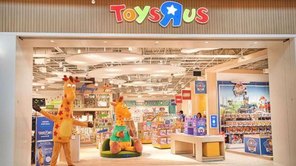 PHOTO: A Toys 'R' Us store stands in Westfield Garden State Plaza in Paramus, N.J. The toy store is scheduled to open on Nov. 27, 2019. (Toys