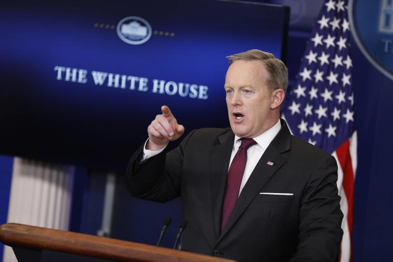 White House Stops Press From Attending Media Briefing