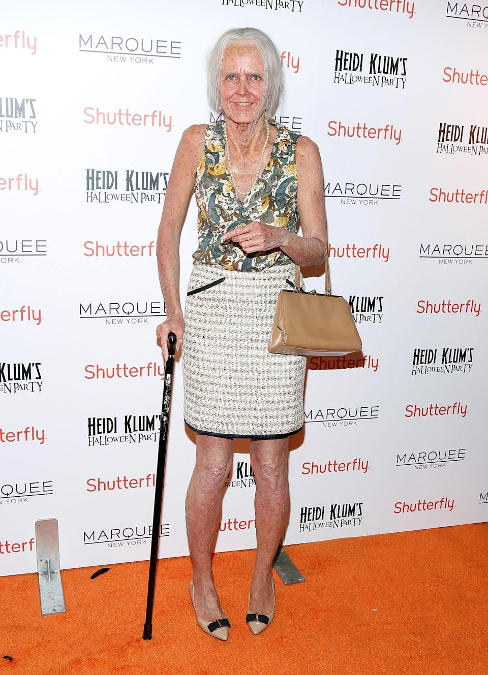 In 2013, Klum attended her party dressed as a 95-year-old version of herself, complete with varicose veins and a walking stick.<em> [Photo: Getty]</em>
