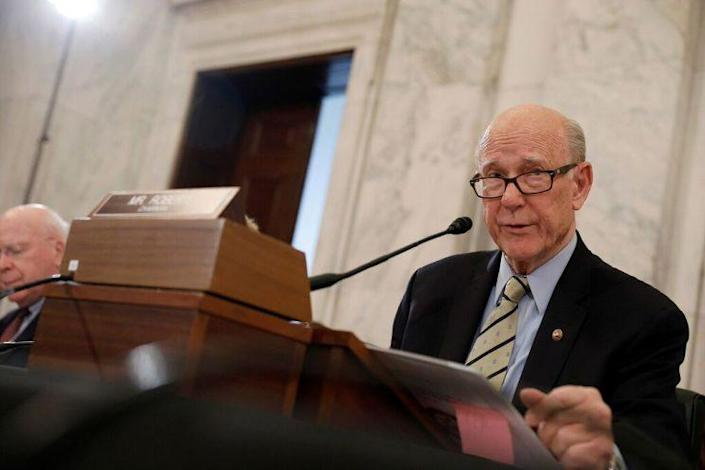 Senate Agriculture Committee Chairman Pat Roberts, R-Kan., speaks at Secretary of Agriculture nominee Sonny Perdue's confirmation hearing. (Photo: Aaron P. Bernstein/Reuters)