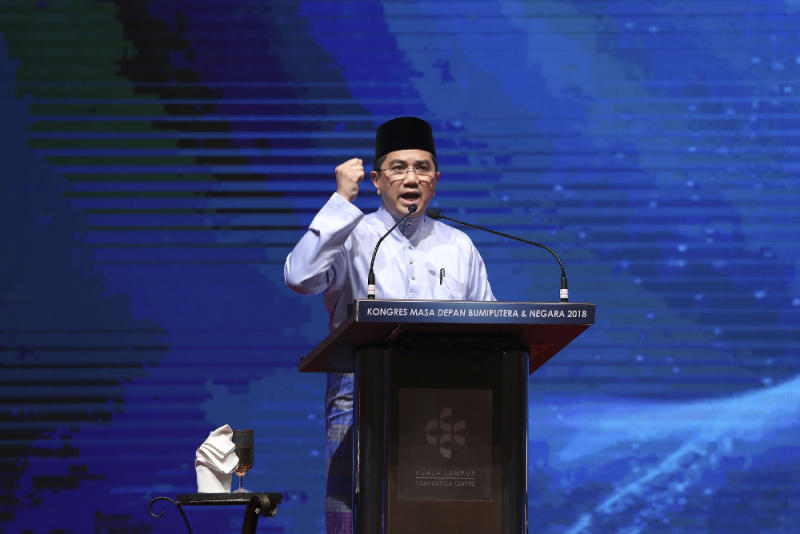 Datuk Seri Azmin Ali speaks during the Congress on the Future of Bumiputera and the Nation at the Kuala Lumpur Convention Centre September 1, 2018. — Picture by Yusof Mat Isa