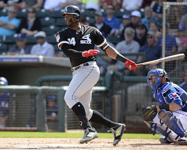 Eloy Jimenez is reportedly finalizing a long-term deal with the Chicago Whtite Sox. (Getty Images)
