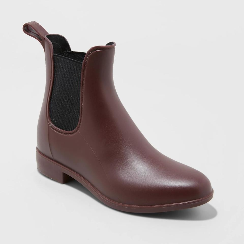 """<p>You'll want to wear these <a href=""""https://www.popsugar.com/buy/New-Day-Women-Chelsea-Rain-Boots-498489?p_name=A%20New%20Day%20Women%27s%20Chelsea%20Rain%20Boots&retailer=target.com&pid=498489&price=25&evar1=fab%3Aus&evar9=46721262&evar98=https%3A%2F%2Fwww.popsugar.com%2Ffashion%2Fphoto-gallery%2F46721262%2Fimage%2F46721441%2FNew-Day-Women-Chelsea-Rain-Boots&list1=shopping%2Cfall%20fashion%2Ctarget%2Cshoes%2Cfall%2Cfall%20shoes%2Caffordable%20shopping&prop13=api&pdata=1"""" rel=""""nofollow"""" data-shoppable-link=""""1"""" target=""""_blank"""" class=""""ga-track"""" data-ga-category=""""Related"""" data-ga-label=""""https://www.target.com/p/women-s-chelsea-rain-boots-a-new-day-153/-/A-53940258?preselect=53775390#lnk=sametab"""" data-ga-action=""""In-Line Links"""">A New Day Women's Chelsea Rain Boots</a> ($25) no matter what the weather is.</p>"""