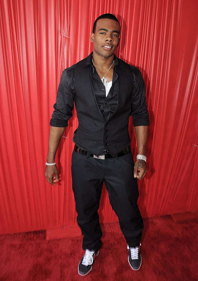 """Mario perfectly paired his pinstripe getup with plenty of bling and a fresh set of kicks. Jeff Kravitz/<a href=""""http://www.filmmagic.com/"""" target=""""new"""">FilmMagic.com</a> - June 24, 2008"""