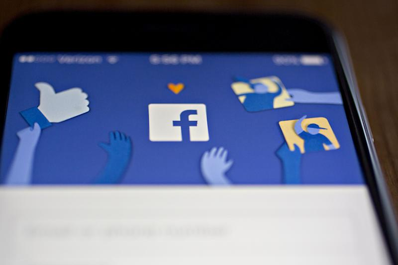 Facebook's Grip on Data Leaves Nonprofits Leery of Donate Button