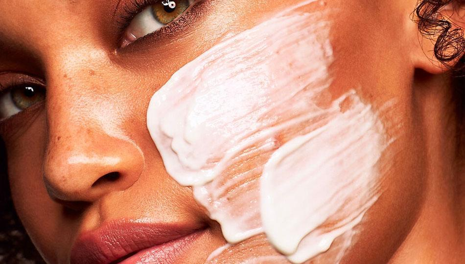 Slather it on. Kate Somerville Age Arrest is a rich day-and-night hybrid cream. (Photo: QVC)
