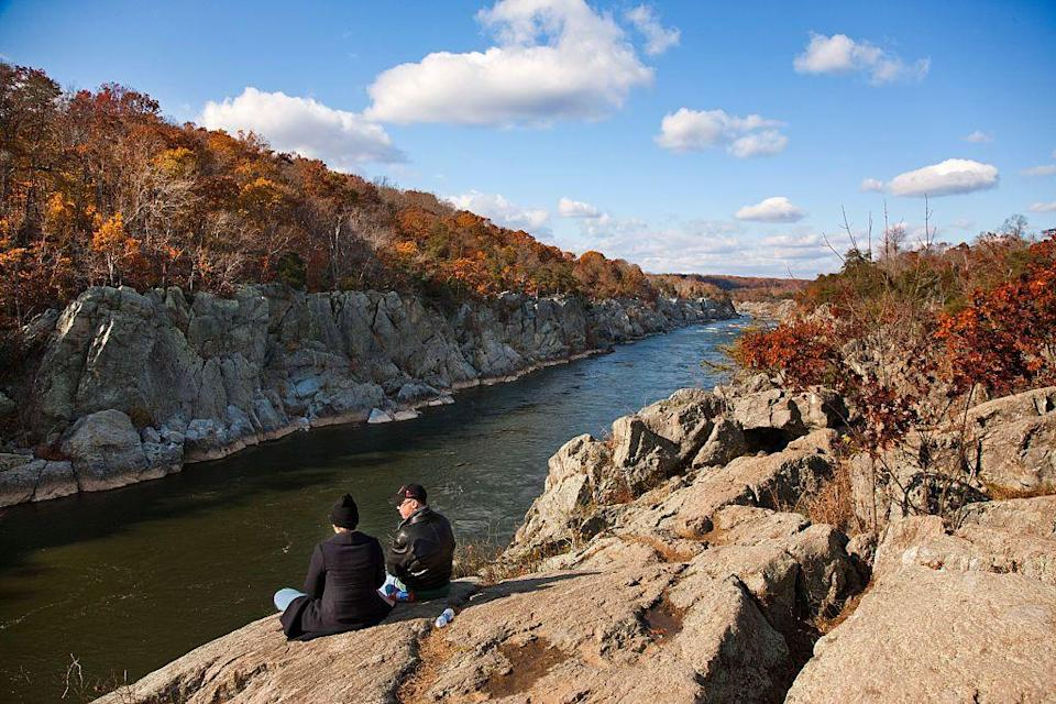 """<p>Just a hop, skip, and a jump from Washington, D.C., you might find yourself jumping like a billy goat on this <a href=""""https://www.tripadvisor.com/Attraction_Review-g41328-d2469968-Reviews-Billy_Goat_Trail-Potomac_Montgomery_County_Maryland.html"""" rel=""""nofollow noopener"""" target=""""_blank"""" data-ylk=""""slk:striking but challenging trail"""" class=""""link rapid-noclick-resp"""">striking but challenging trail</a>. Appropriately name the """"Billy Goat Trail,"""" the rocky, 4.7-mile hiking path does require some fancy footwork. Be prepared for an amazing workout and equally amazing views.</p><p><br><a class=""""link rapid-noclick-resp"""" href=""""https://go.redirectingat.com?id=74968X1596630&url=https%3A%2F%2Fwww.tripadvisor.com%2FAttraction_Review-g41328-d2469968-Reviews-Billy_Goat_Trail-Potomac_Montgomery_County_Maryland.html&sref=https%3A%2F%2Fwww.countryliving.com%2Flife%2Ftravel%2Fg24487731%2Fbest-hikes-in-the-us%2F"""" rel=""""nofollow noopener"""" target=""""_blank"""" data-ylk=""""slk:PLAN YOUR HIKE"""">PLAN YOUR HIKE</a></p>"""