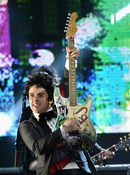 Billie Joe Armstrong, Green Day's frontman, shared 25 interesting facts about himself with Us Weekly – read more!
