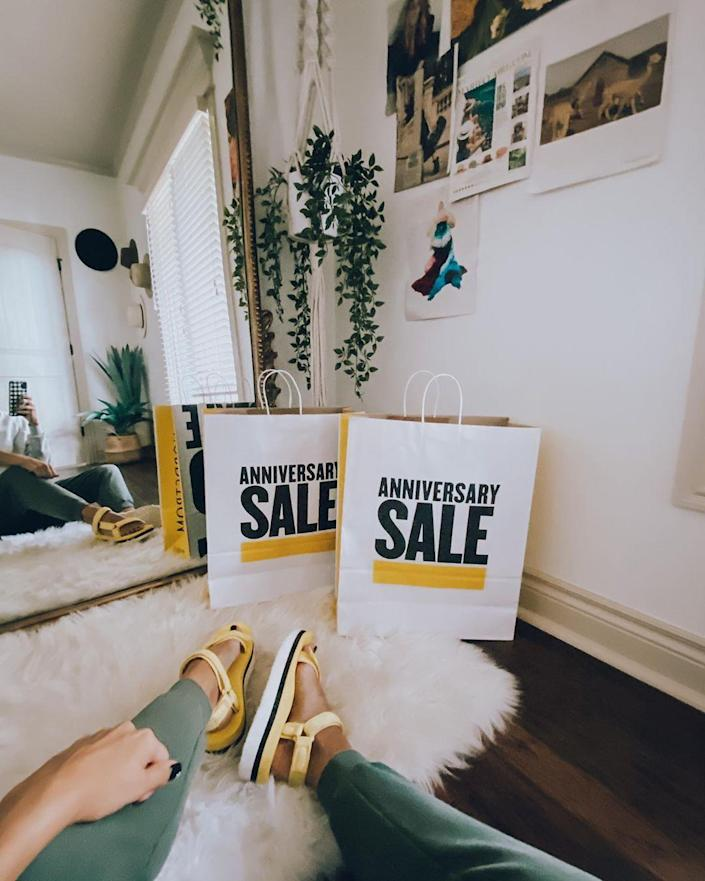 Nordstrom Ambassadors can now shop the Anniversary Sale early. Image via Instagram/kileenickels.