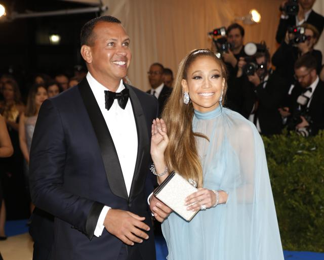 Metropolitan Museum of Art Costume Institute Gala - Rei Kawakubo/Comme des Garcons: Art of the In-Between - Arrivals - New York City, U.S. - 01/05/17 - Jennifer Lopez and Alex Alex Rodriguez. REUTERS/Carlo Allegri