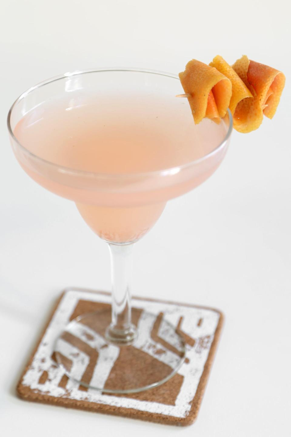 """<p>Created by Bartender Tobin Shea at <a href=""""https://redbird.la/"""" class=""""link rapid-noclick-resp"""" rel=""""nofollow noopener"""" target=""""_blank"""" data-ylk=""""slk:Redbird"""">Redbird</a> restaurant in LA, this <a href=""""https://www.popsugar.com/food/Elderflower-Grapefruit-Paloma-Cocktail-37004388"""" class=""""link rapid-noclick-resp"""" rel=""""nofollow noopener"""" target=""""_blank"""" data-ylk=""""slk:elderflower-grapefruit paloma"""">elderflower-grapefruit paloma</a> takes full advantage of seasonal ingredients, making it a drink that tastes exactly like something you'd be sipping during summer vacation. The fresh grapefruit juice makes it ultralight and ultrarefreshing.</p> <p><strong>Ingredients: </strong></p> <ul> <li>Ice</li> <li>1 1/2 ounces silver tequila, like Herradura Silver</li> <li>1/4 ounce St-Germain elderflower liqueur</li> <li>1 1/2 ounces grapefruit juice, freshly squeezed</li> <li>Juice of 1/2 lime</li> <li>2 dashes Peychaud's Bitters</li> <li>2 ounces soda</li> <li>1/2 ounce agave syrup</li> </ul> <p><strong>Directions</strong>: Fill a shaker with ice. Add all ingredients, except for soda. Close and shake well. Add soda and strain into Collins glass. Garnish with a grapefruit twist.</p>"""