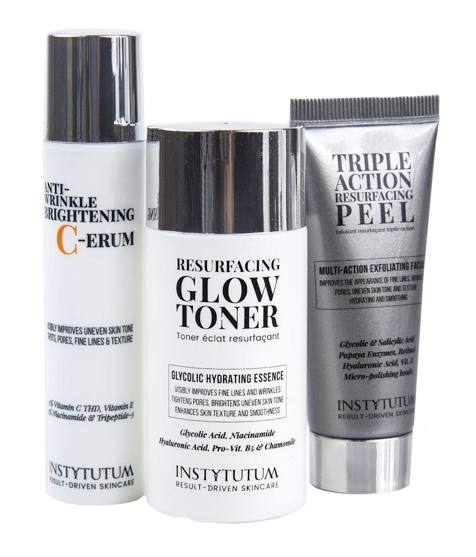 "<p>A travel-size version of the <a href=""https://www.popsugar.com/buy/Instytutum-Flawless-Glow-Kit-540486?p_name=Instytutum%20Flawless%20Glow%20Kit&retailer=instytutum.com&pid=540486&price=69&evar1=bella%3Aus&evar9=47111925&evar98=https%3A%2F%2Fwww.popsugar.com%2Fbeauty%2Fphoto-gallery%2F47111925%2Fimage%2F47112025%2FInstytutum-Flawless-Glow-Kit&list1=beauty%20products%2Cbeauty%20shopping&prop13=mobile&pdata=1"" rel=""nofollow noopener"" class=""link rapid-noclick-resp"" target=""_blank"" data-ylk=""slk:Instytutum Flawless Glow Kit"">Instytutum Flawless Glow Kit</a> ($69) will be given out to those hoping to keep their skin looking flawless while on the go.</p>"