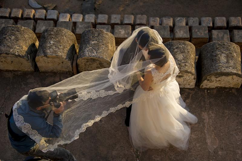 This Bride Made a Five-Page Checklist of Shots Her Wedding Photographer Had to Capture
