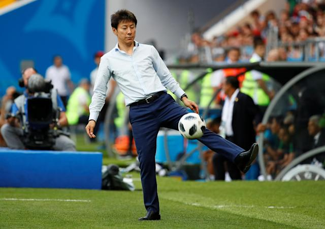 Soccer Football - World Cup - Group F - South Korea vs Mexico - Rostov Arena, Rostov-on-Don, Russia - June 23, 2018 South Korea coach Shin Tae-yong during the match REUTERS/Jason Cairnduff