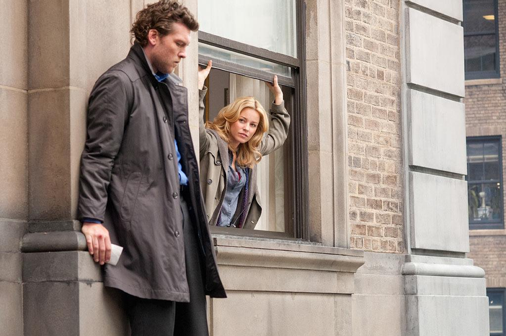 """<a href=""""http://movies.yahoo.com/movie/contributor/1800424136"""">Sam Worthington</a> and <a href=""""http://movies.yahoo.com/movie/contributor/1807816351"""">Elizabeth Banks</a> in Summit Entertainment's <a href=""""http://movies.yahoo.com/movie/1810186077/info"""">Man on a Ledge</a> - 2012"""
