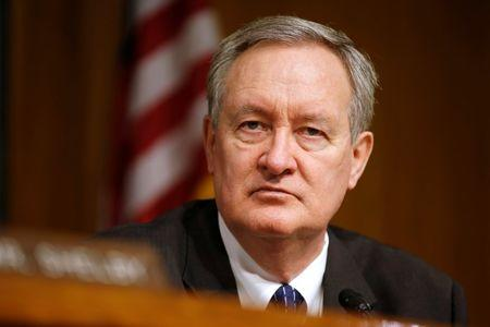 "Chairman of the Senate Banking, Housing, and Urban Affairs Committee Mike Crapo (R-ID) hearing listens to testimony from Federal Reserve Chairman Janet Yellen on the ""Semiannual Monetary Policy Report to the Congress"" on Capitol Hill in Washington, U.S., February 14, 2017.      REUTERS/Joshua Roberts"