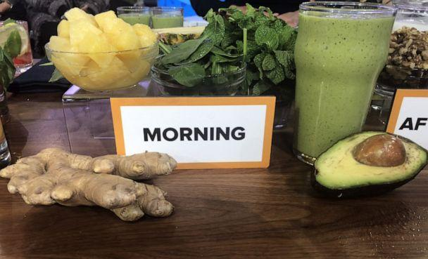 PHOTO: Kellyann Petrucci's pineapple mint green drink with ginger and avocado. (ABC News)