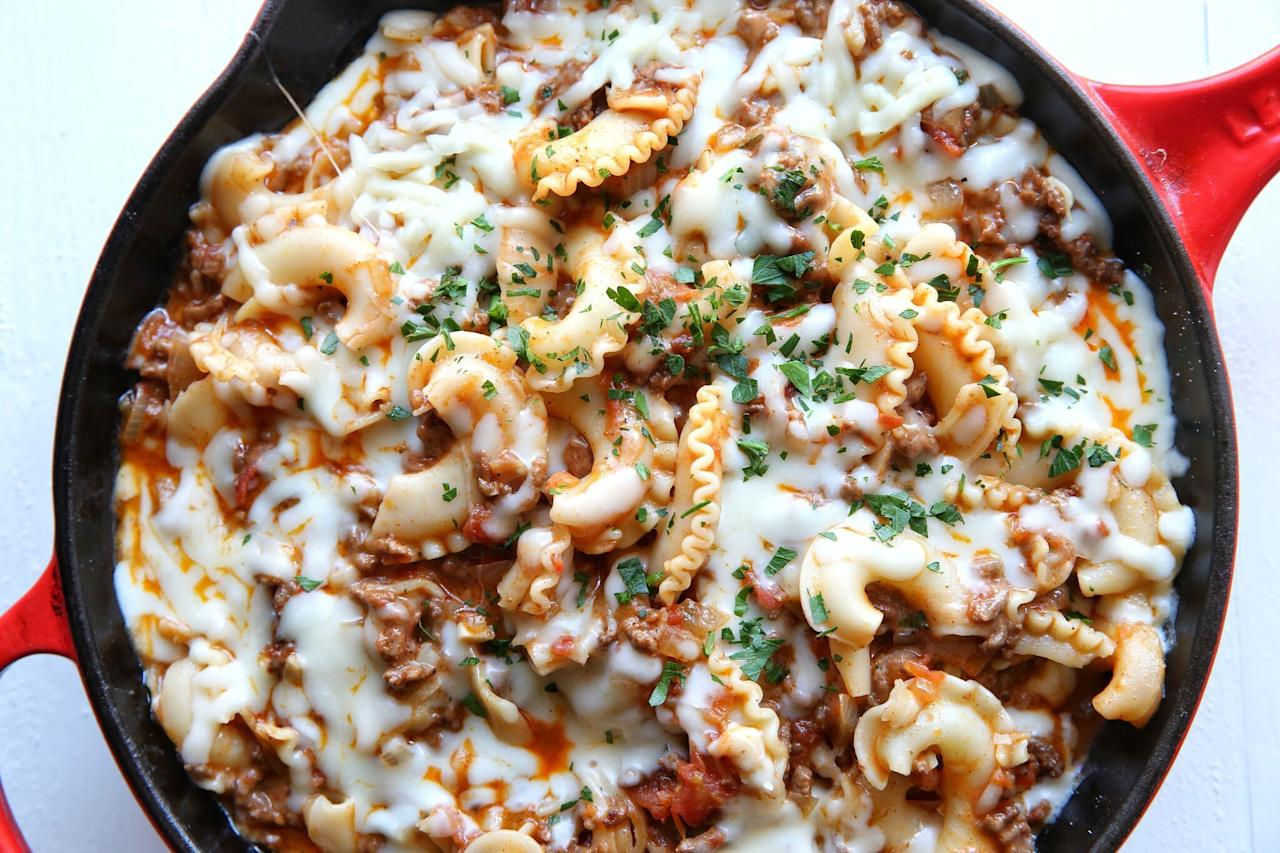 <p>Think outside the blue box. Make one of our easy homemade mac and cheese recipes tonight.</p>