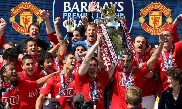 Gary Neville (centre) enjoyed a hugely successful career at Manchester United