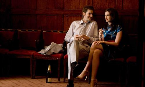 <p>Together and apart, we see Dex (Jim Sturgess)  and Em (Anne Hathaway) through their friendship and fights, hopes and missed opportunities, laughter and tears.</p>