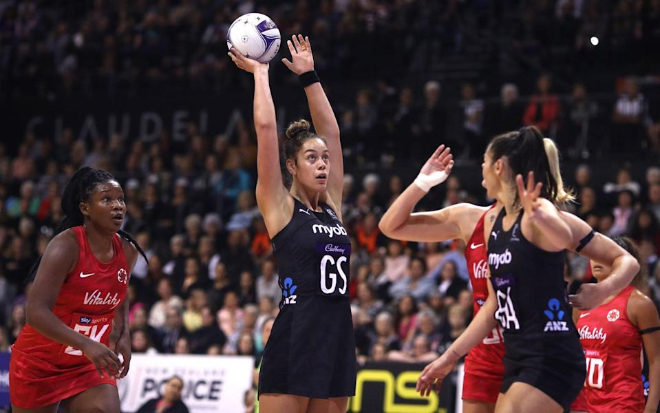 Maia Wilson prepares a shot for New Zealand - GETTY IMAGES