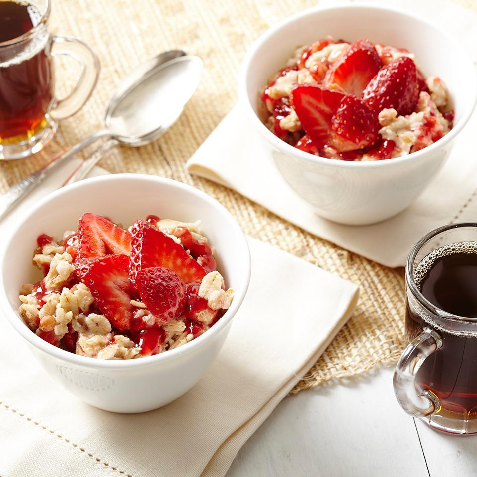 "<p>Creamy peanut butter and sliced strawberries with oatmeal is sure to brighten any morning. <a href=""http://www.eatingwell.com/recipe/263596/pb-j-oats/"" rel=""nofollow noopener"" target=""_blank"" data-ylk=""slk:View recipe"" class=""link rapid-noclick-resp""> View recipe </a></p>"