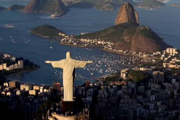 Party! Brazilians celebrate 80 years of iconic Christ the Redeemer statue