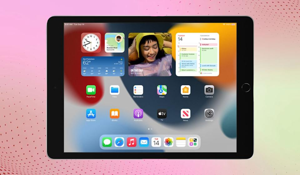 The new entry-level iPad 10.2 looks the same on the outside, but inside it packs a faster processor and better front-facing camera. And right now, it's $30 cheaper. (Photo: Apple)