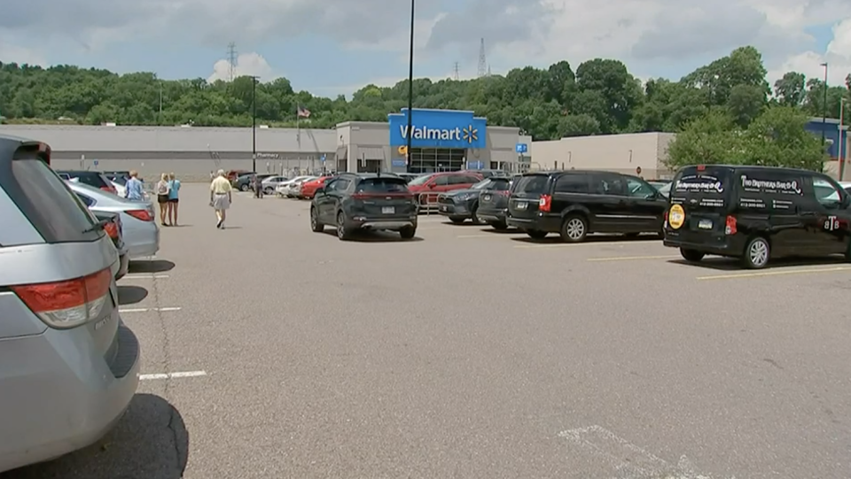 The Walmart where the woman left the first note. Source: WXPI