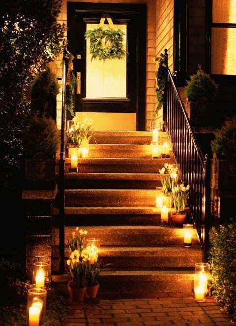 <p>Welcome guests with the golden light of holiday candles. Line your steps to illuminate your walkway and bring charm to your front door.</p>